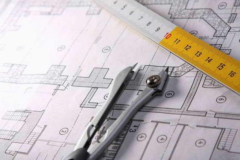 etaLight Planung mit Plan, Zirkel und Maßstab